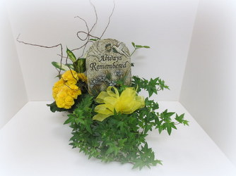 Always Remembered Planter from Lesher's Flowers, local St. Louis Florist since 1973