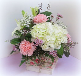 Blush Life from Lesher's Flowers, local St. Louis Florist since 1973