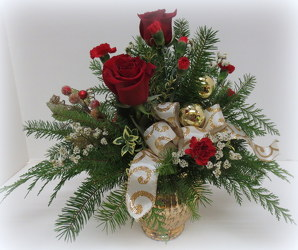 Holiday Splendor from Lesher's Flowers, local St. Louis Florist since 1973