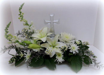 Crystal Cross from Lesher's Flowers, local St. Louis Florist since 1973