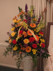 Garden Tribute from Lesher's Flowers, local St. Louis Florist since 1973