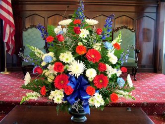Patriotic Tribute from Lesher's Flowers, local St. Louis Florist since 1973