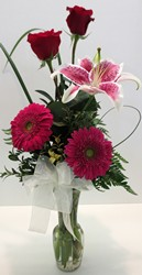 Simple Elegance from Lesher's Flowers, local St. Louis Florist since 1973