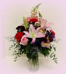 Love Struck from Lesher's Flowers, local St. Louis Florist since 1973