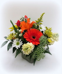 Springtime Smiles from Lesher's Flowers, local St. Louis Florist since 1973