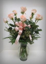 Peach Roses from Lesher's Flowers, local St. Louis Florist since 1973