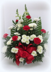 Traditonal Tribute from Lesher's Flowers, local St. Louis Florist since 1973